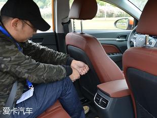 北京现代2016款领动