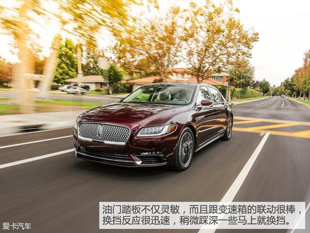 动力储备方面,除了本次在美国试驾的3.0L V6双涡轮增压外,还将为中国市场提供一款2.0T发动机。而在可预见的未来,2.0T车型绝对是全新大陆的销量担当。既然回国之后可以深度试驾2.0T车型,那不如先来看看作为旗舰的3.0T车型表现如何。变速箱方面,两款发动机均配6AT变速箱。     我还是第一次在这个级别的车上体会到如此迅捷灵敏的油门反馈。你只需轻点油门踏板,便可以充分调动这台3.