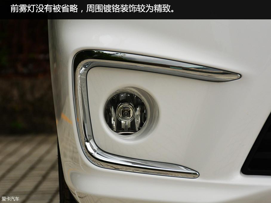 通过这次与新款菱智M5的接触,让我改变了之前的这种印象。作为菱智家族最新的颜值担当,菱智M5这次在外观上较之前的车型有了不小的变化。