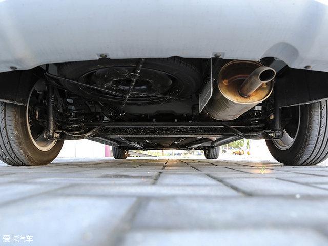 44avt_厂方称底盘来自本田freed车型,并经过了美国avt团队进行的调教.