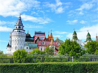 色彩鲜艳引人注目 走进莫斯科城堡餐厅