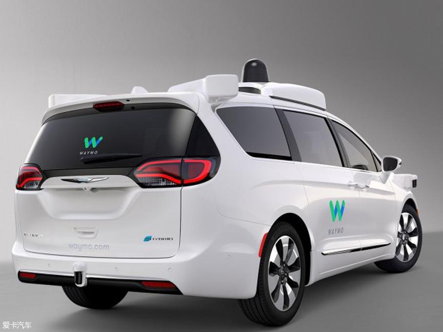 谷歌/FCA自动驾驶车型官图 下月CES首发