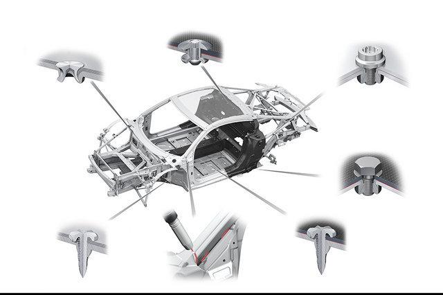 奥迪R8 V10 性能版技术解析